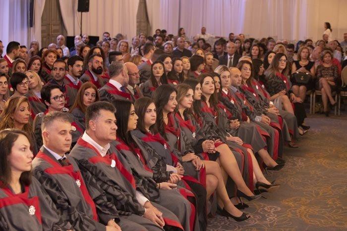 Πτυχίο θέση αποφοίτησης