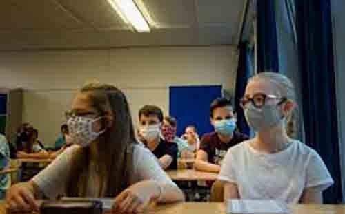 Ο πρόεδρος του Ιατρικού Συλλόγου της Γερμανίας τάσσεται κατά του κλεισίματος σχολείων