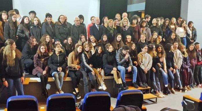 Εθελοντισμός για τη Λεμεσό από την ομάδα Erasmus του Λανιτείου Λυκείου
