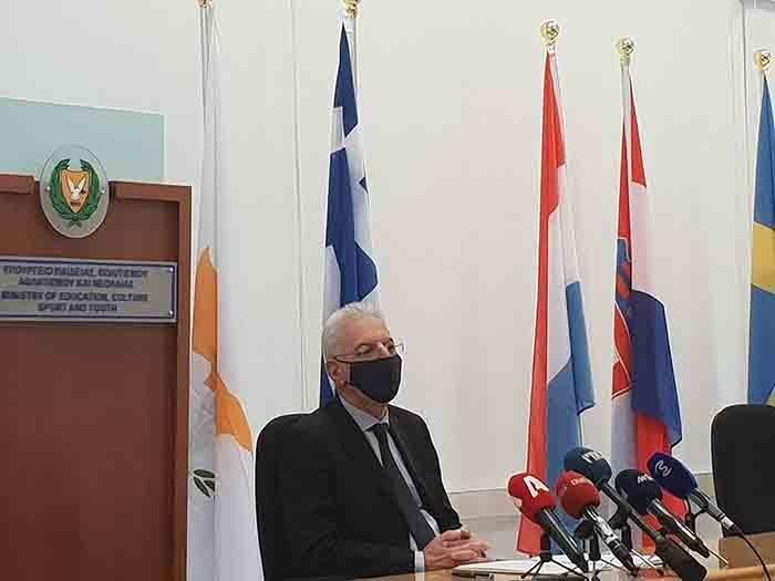 Ο Προδρόμου ανακοίνωσε 7 αποφάσεις του ΥΠΠΑΝ για αντιμετώπιση της πανδημίας