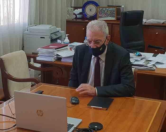 Ο Προδρόμου σε τηλεδιάσκεψη με Διευθυντές/ντριες Μέσης σε Λύκεια  Λεμεσού και Πάφου