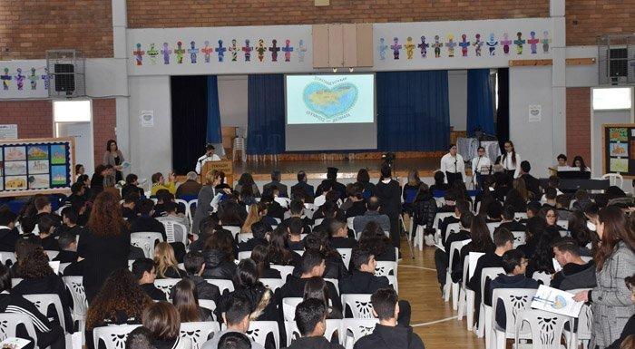 Πραγματοποιήθηκε με επιτυχία το Η΄ Ενδοσχολικό Μαθητικό Συνέδριο Γυμνασίου Παραλιμνίου