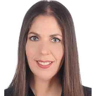 Διδάκτωρ του Τμήματος Επιστημών Αγωγής του Ευρωπαϊκού Πανεπιστημίου Κύπρου  η νέα πρόεδρος της ΠΟΕΔ